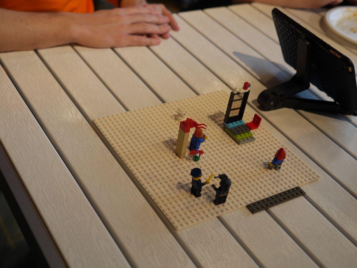 LegoBoardHintOfOrange